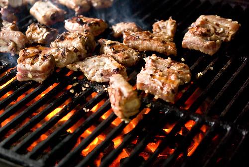 grilling pork ribs