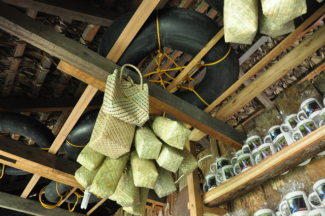 Rubber tubes, mugs and baskets