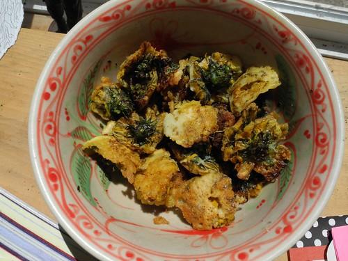 wild dandelion tempura