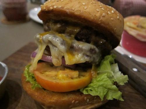 Burger @ 'Cue