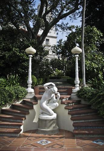 statuary & steps
