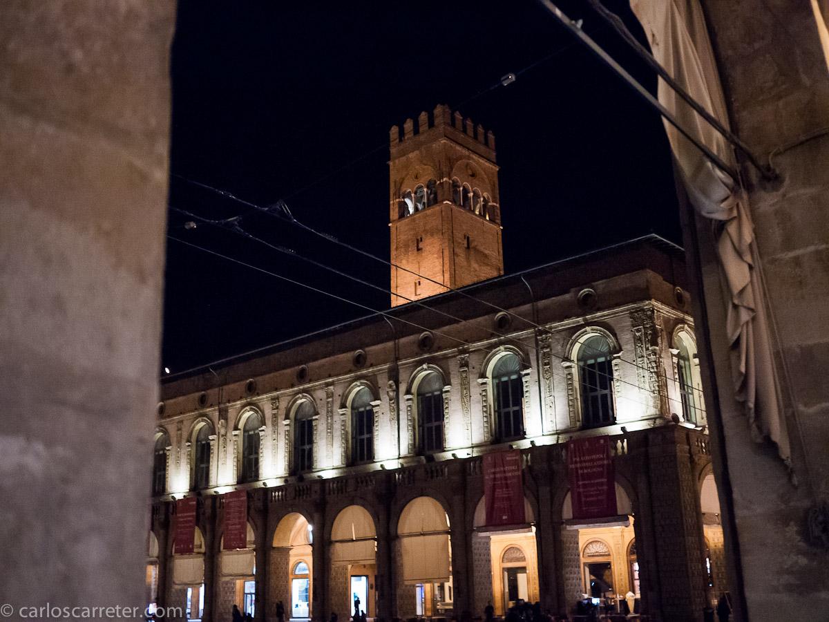 Palazzo Podestà - Piazza Maggiore