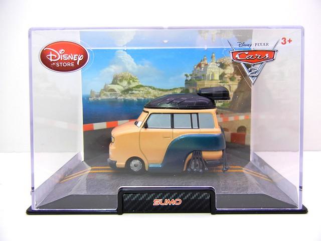 disney store cars 2 sumo (1)