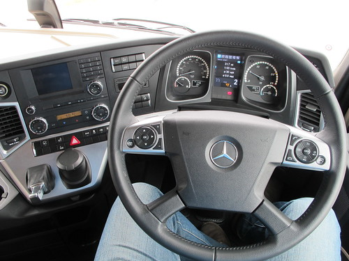 Mercedes Benz Actros Gigaspace