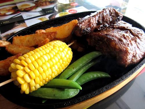 NoodleHouse roast pork spare ribs with honey 2