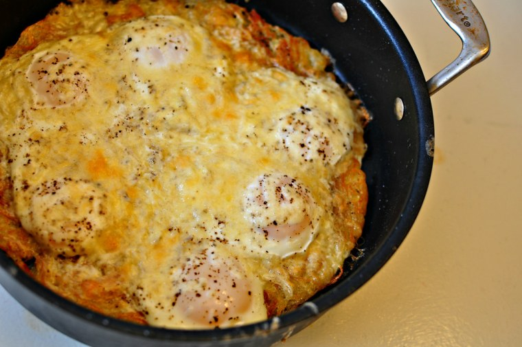 Baked Eggs with Crispy Hashbrown Crust