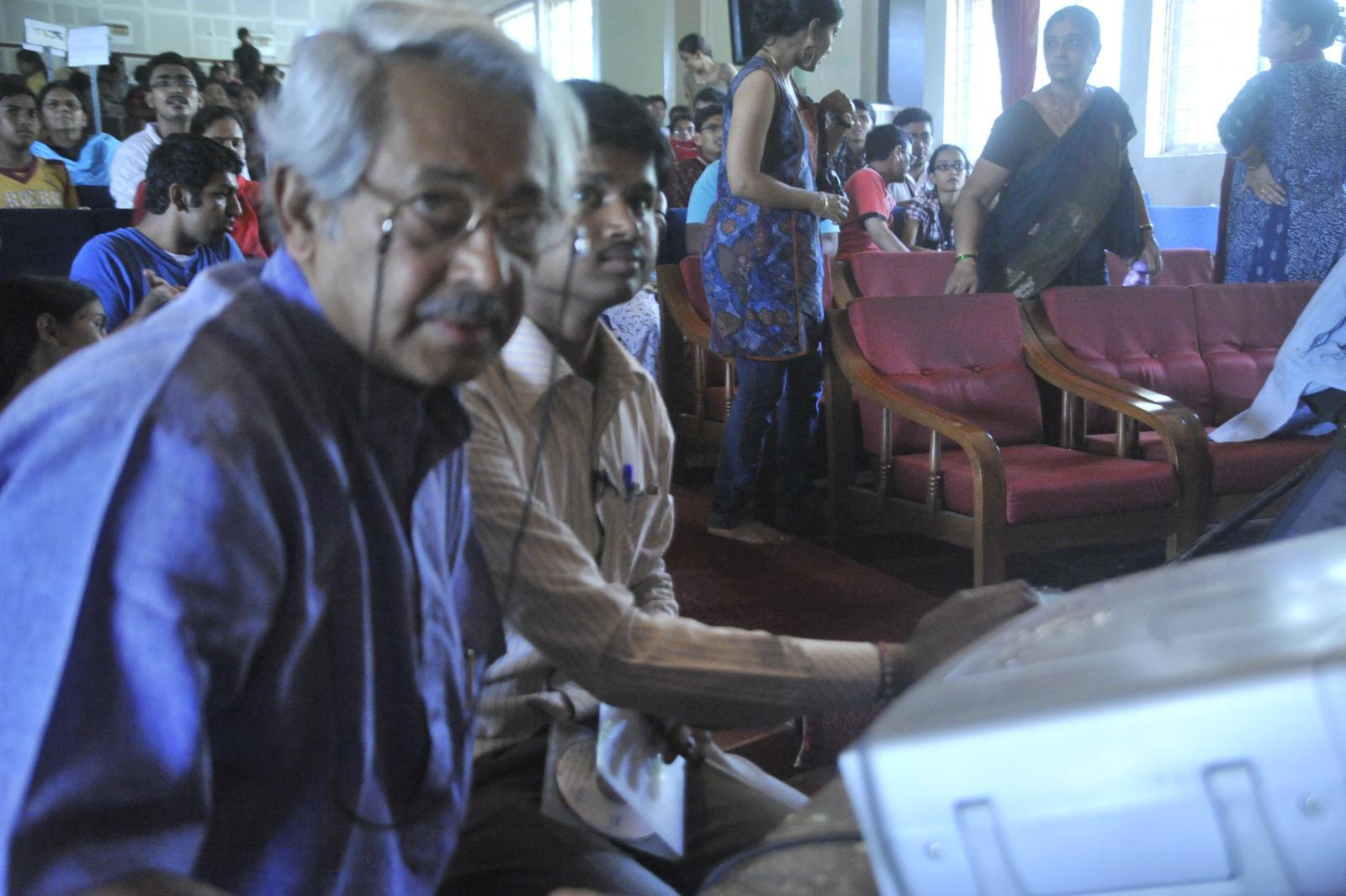 Girish Kasaravalli, with screening of Dweepa,