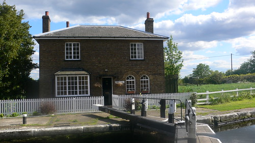 Lock-keeper's cottage