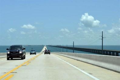 Overseas Highway 1 que cruza entre las islas
