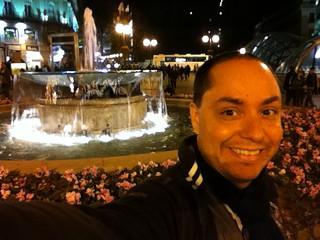 Chafariz na praça Puerta del Sol