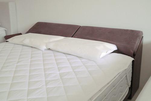 掀床工廠推薦款-蕾妮人造胡桃床台-高質感排骨透氣床架組3