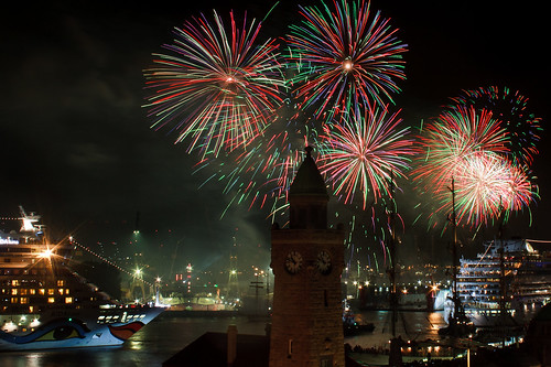 watch the fireworks 4