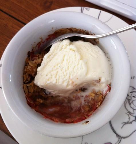 rhubarb & strawberry crisp with vanilla ice cream