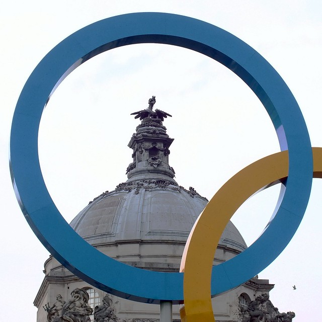 Cardiff City Hall Olympic Rings