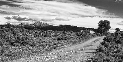 La casa abandonada (Cézanne) by El Cantinal