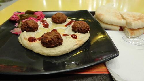 Hummus with Falafel Bullets