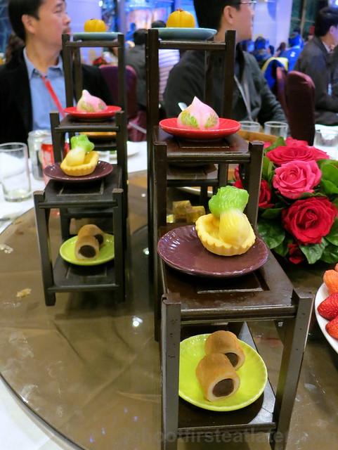classic desserts in Chinese curio box