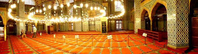 Istanbul - avril 2012 - jour 4 - 145 - Rüstem Paşa Camii