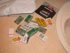 assorted razor blades