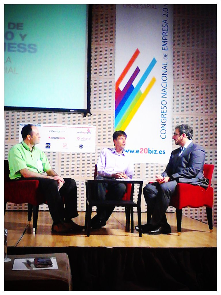 @joaquin_pena con @jeroensangers @jmbolivar en mesa Productividad 2.0 #e20biz