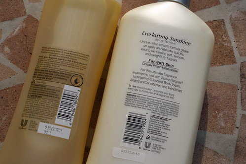 Back of Suave everlasting sunshine body wash and lotion bottles