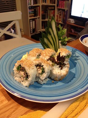 Inside-out Tuna sushi