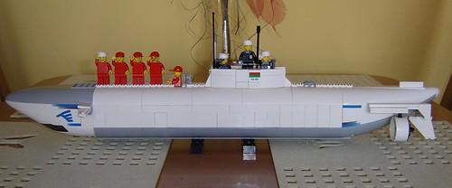 Kieszonkowa atomowa łódź podwodna klasy Minifig by Neo