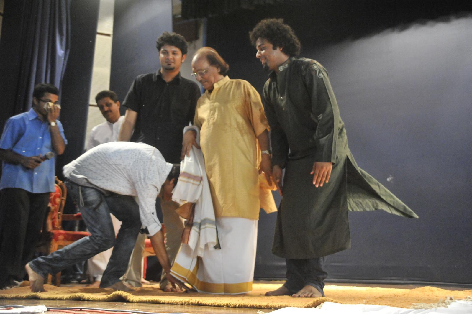 Sh T V Gopalakrishnan had too many attendees, and the three from Pakistan