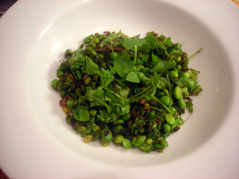 Petits pois with shallots and chickweed