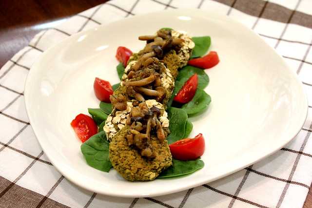 baked spinach falafel