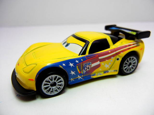 disney cars tomica jeff gorvette (2)