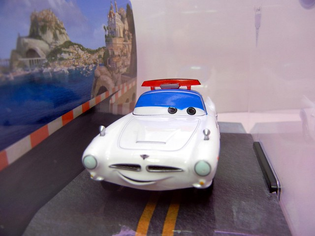 disney store cars 2 security finn (2)