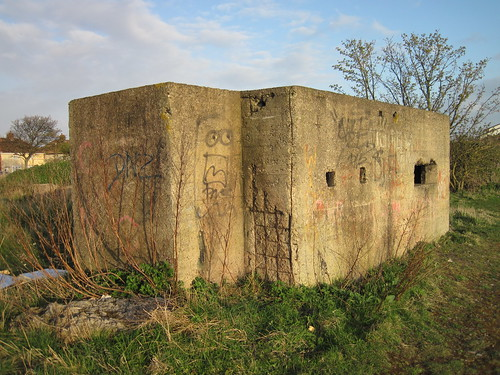 Hartlepool Pillbox, Middle Warren