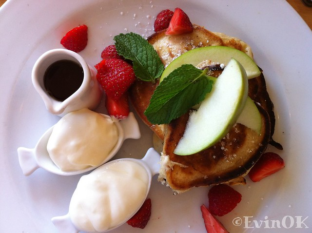 Buttermilk pancakes at Fenns Quay