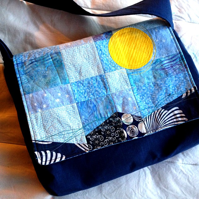 Sun&Sea messenger bag