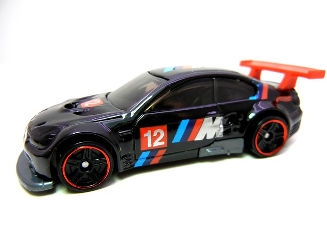 hot wheels bmw m3 gt2 black (4)