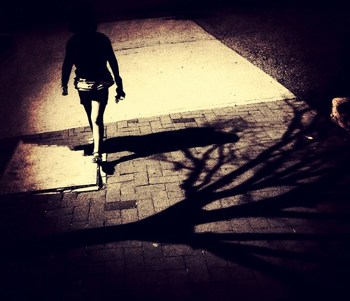 Lost in a World of Shadows by damn_que_mala