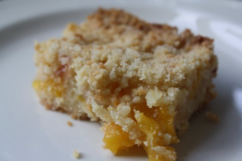 Peach crumb bar