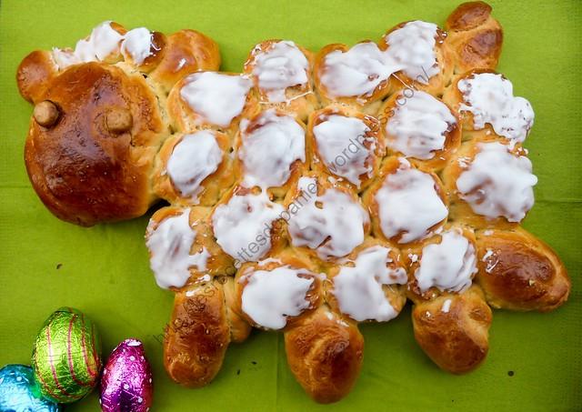 Agneau de Pâques en brioche / Easter Lamb Brioche