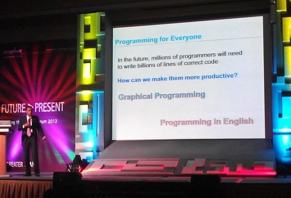 Computing Paradigm: Programming for Everyone