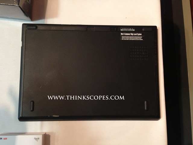 ThinkPad T430u bottom