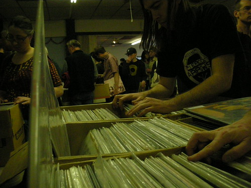 Night Owl Record Show 4-12 029