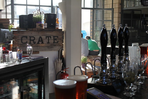 Crate Brewery - bar