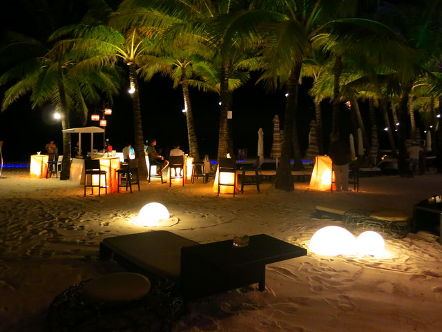 Discovery Shores Boracay by night-002