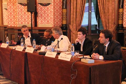 Panel session 1 - Political Economy Settlements