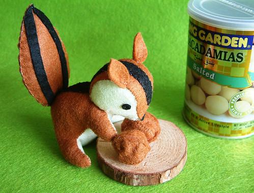 felt squirrel love nuts