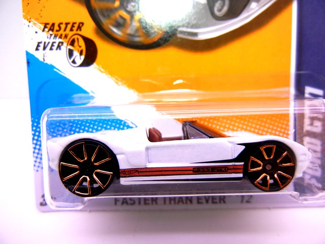 hot wheels ford gtx1 white  (2)