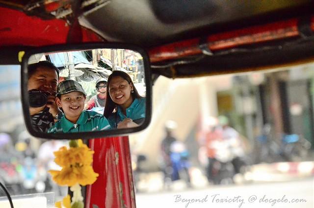 photography inside tuk tuk