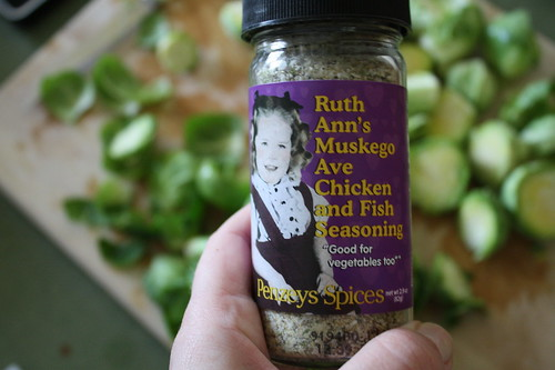 Penzey's Spice Ruth Ann's Muskego Ave Chicken and Fish Seasoning