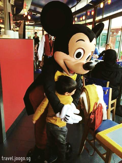 Paris Disneyland 3 - travel.joogo.sg